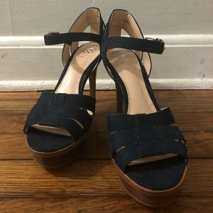 Shoes - New Vince Camuto sandals